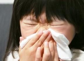 花粉症、つらいのは「症状」だけじゃない 薬の副作用で仕事に支障出る人も