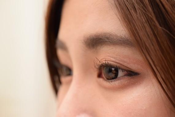 女性にとって目は「命」