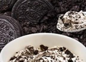 クッキー超盛りでザックザク&濃厚 「マックフルーリー 超オレオ」