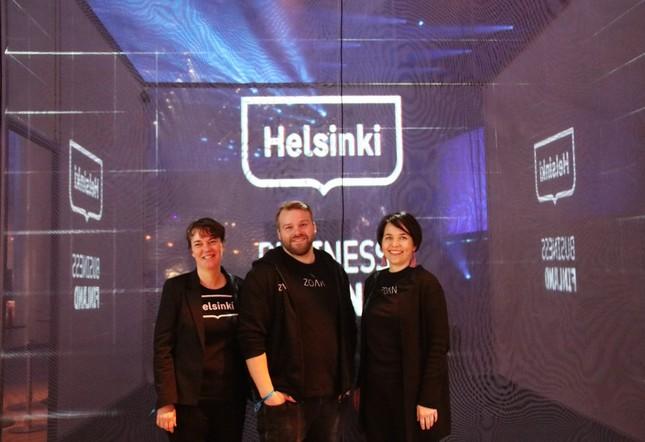 (左から)ヘルシンキ市長室国際関係チーフアドバイザー・イーナ氏、ZOAN社CEO・ミッカ氏、ZOAN社チーフマーケティングオフィサー&パートナー・ローラ氏