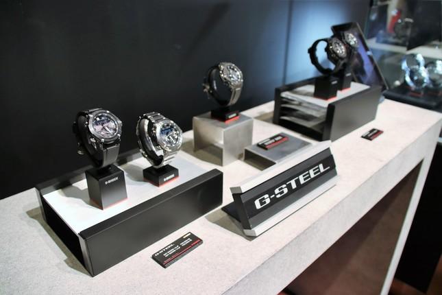 メタル素材が特徴の「G-STEEL」シリーズ