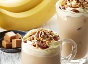 バナナのラテと桃のロイヤルミルクティー 季節限定で