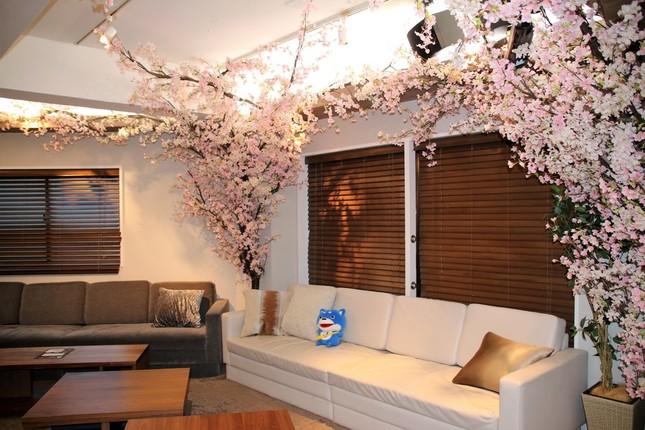 交流会会場、東京・六本木の「Lounge R Premium」