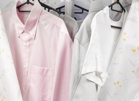 バルーンの中を温風が循環 省エネスペースで部屋干しできる衣類乾燥機