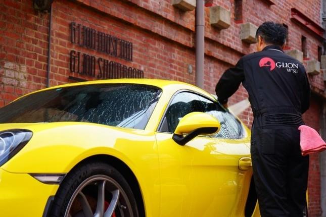 レストランで食事中に洗車ができる新サービス始動!