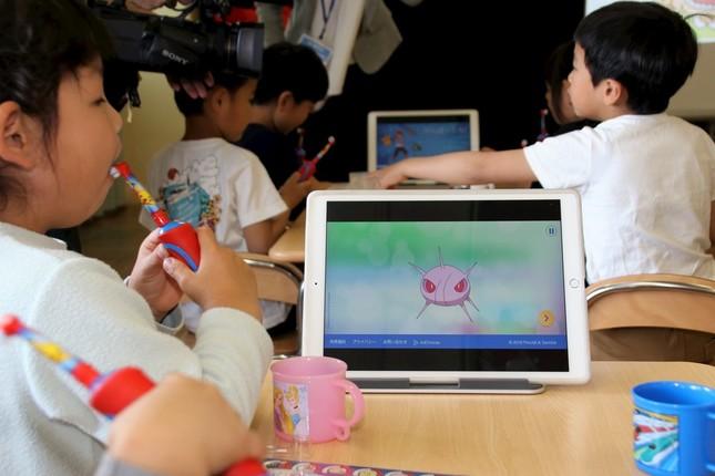 2分間の歯みがき体験後、iPadにはポケモンのキャラクターが出現