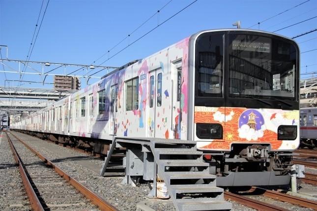 貸切列車「恋とれ」で小江戸川越も満喫できる