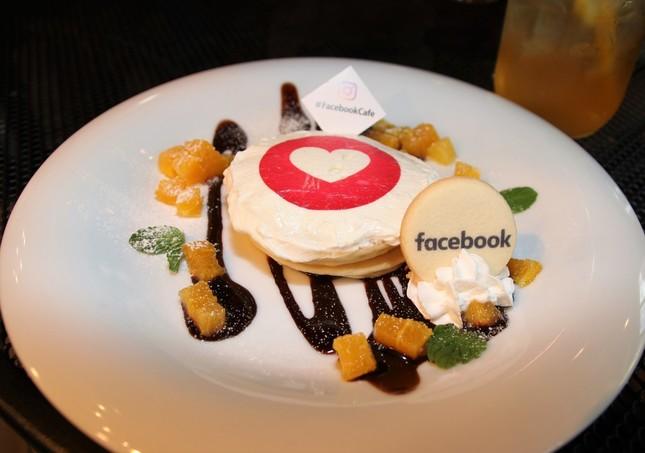ビターチョコレートの「超いいね!」パンケーキ