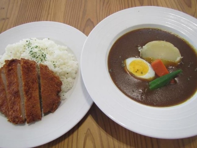 北海道のご当地メニュー「三元豚ロースカツのスープカレー」(5月23日販売)