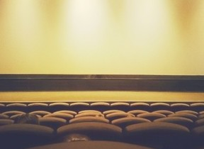 上映中のポップコーンもダメなのか 「日本人は映画館マナーに厳しすぎ?」