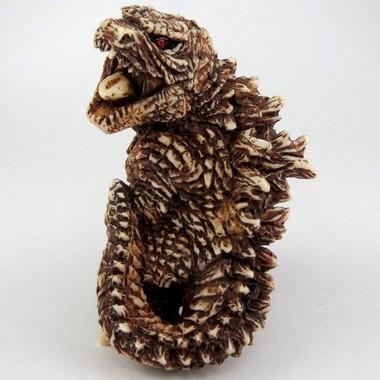 怪獣たちが江戸時代の装具「根付」となって手のひらに