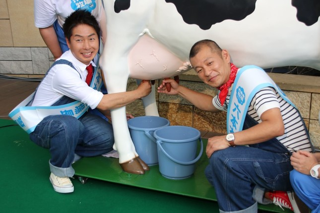 U字工事の福田薫さん(写真左)と益子卓郎さん(2019年6月撮影)