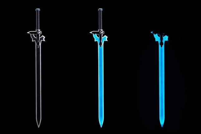 「キリト」が愛用する魔剣を、各種ギミックを搭載して立体化