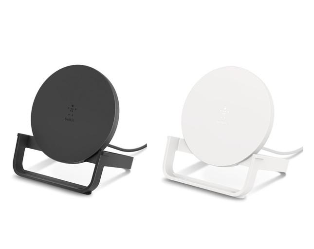 iPhoneやGalaxyなど「Qi」対応スマホをワイヤレスで手軽に充電
