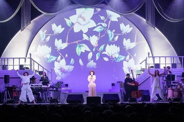 伊藤蘭「ファーストソロコンサート・2019」(写真撮影 樋口隆宏(TOKYOTRAIN))