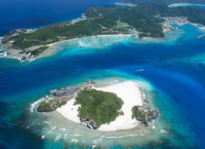 沖縄・座間味島でキャンプ体験を コールマンが贈る「大切な人との時間」