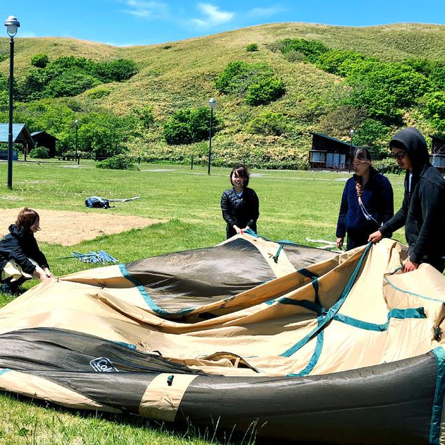 キャンプで「家族」「仲間」「自然」と触れあう(礼文島でのキャンプ体験の様子)