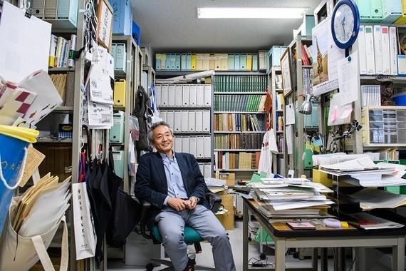 1960年、埼玉県生まれ。主な著書に、『マラリアと帝国――植民地医学と東アジアの広域秩序」(東京大学出版会、2005年)、『感染症の中国史――公衆衛生と東アジア』(中公新書、2009年)などがある(写真 菊地健志)