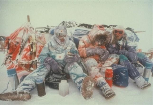 30年前の南極大陸横断にスポットライト