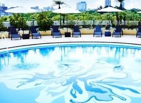 大阪城を望むブティックプールのパス付き ホテルニューオータニ大阪