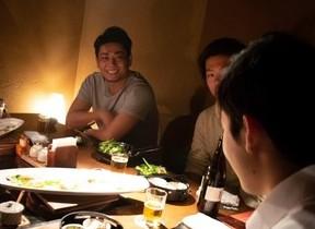 就活は社長とご飯を食べながら 企業と学生を結ぶアプリ「社長メシ」