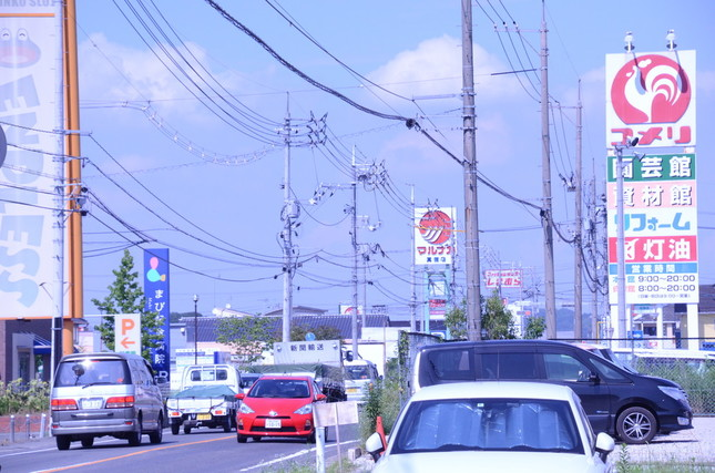 西日本豪雨の際に浸水した真備の街も、1年が過ぎてクルマが多く走っていた