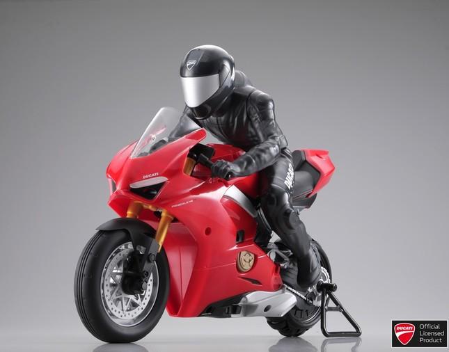 バランス制御によりリアルなバイク走行が楽しめる