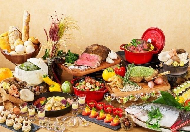 約80種類ものオーストラリア料理が並ぶ