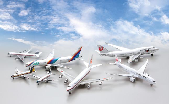 日本や世界の空を彩った名機のモデルが毎号付属