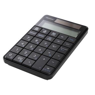 テンキーレスのノートPCと組み合わせられるほか、通常の電卓にもなる