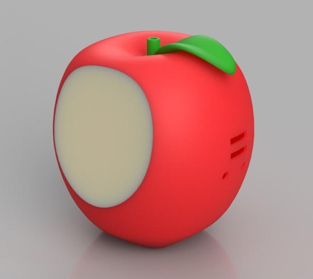 アルバムの楽曲が流れるリンゴの実