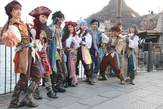 ゲストの仮装4 海賊たち(ここで知り合ったという)