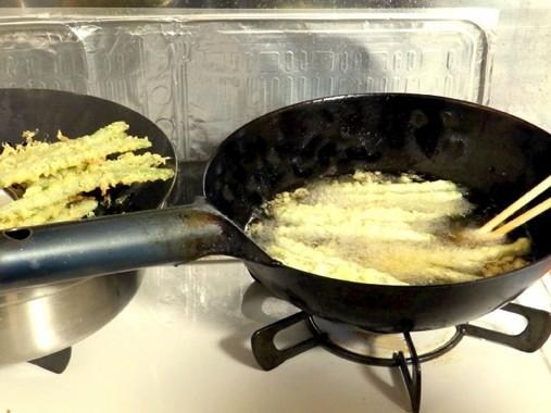 煮る、焼く、炒める、揚げるは当然、そばもパスタも茹でる