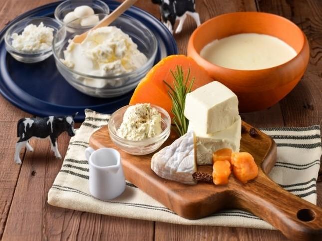 様々な種類のチーズを使用