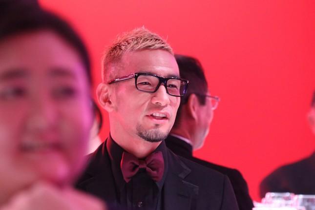 授賞式に出席した中田英寿さん