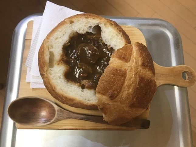 鈴木さんが作った見本のシチューポットパン
