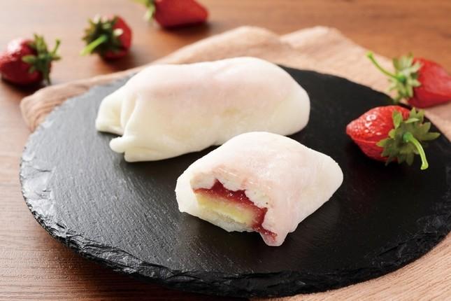 もちもち食感の「モチクルン」苺レアチーズ味