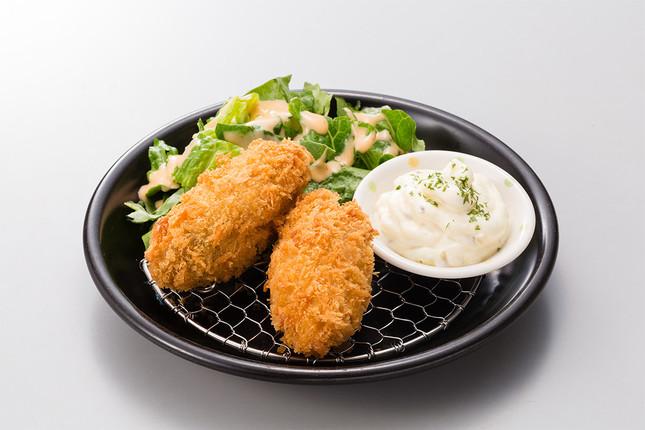 2019年11月に始まった「ドでか牡蠣フェア2019」から継続提供中の「広島産特大牡蠣フライ」