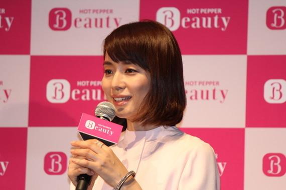 石田ゆり子さんらが新型コロナウイルス感染予防を呼びかけ(写真は2015年撮影)