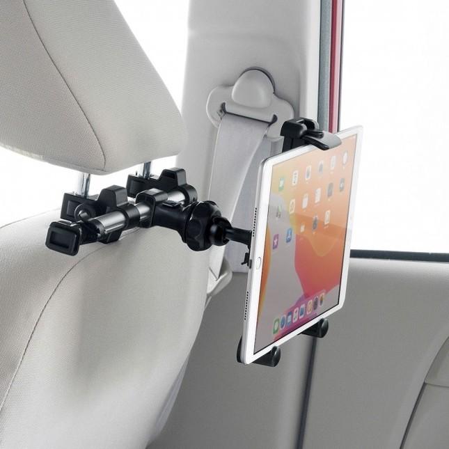 360度回転もでき、縦画面・横画面両方の取り付けに対応