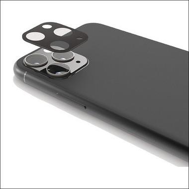 iPhone 11シリーズのトリプルレンズにぴったりフィット、しっかりガード