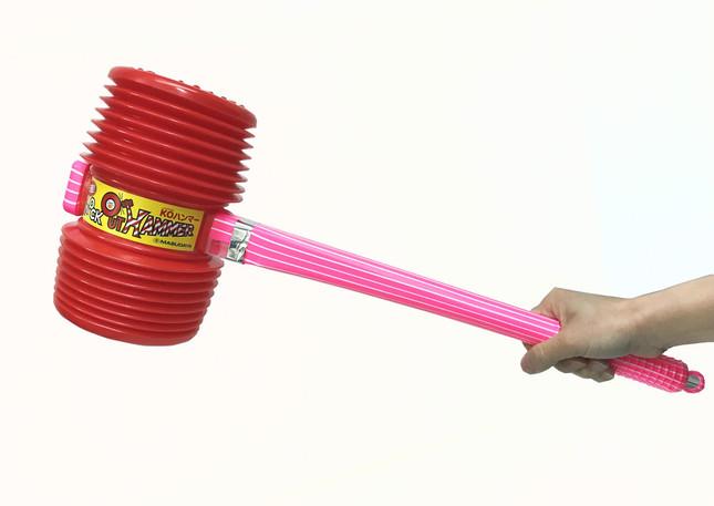 バラエティー番組で小道具として使われることが多い「ノックアウトハンマー」