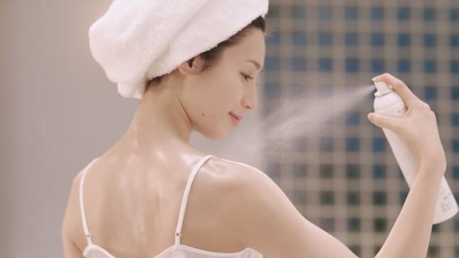 乾燥性敏感肌向けの全身に使用できる保湿スプレー