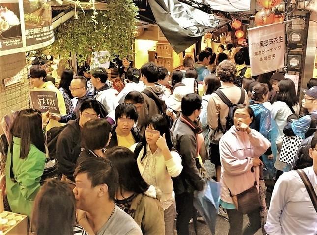 かつての金鉱の町、九フンは日本人に大人気、路地には日本語があふれる