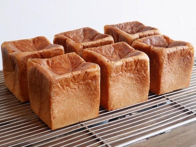 看板商品の食パン「ムー」
