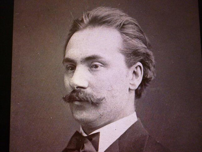 北欧を股にかけて指揮者としても活躍したスヴェンセンの肖像