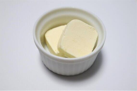 菓子作りする人増加でバターが品薄に