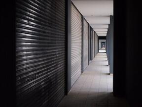 「緊急事態宣言後の店舗運営に関する調査」(画像はイメージ)