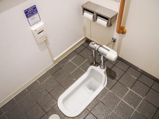 緊急事態宣言解除後も続く「コンビニのトイレ使用禁止」について、各社に聞いた