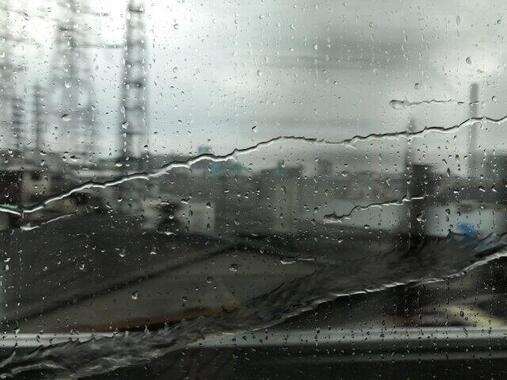 全国の路線が雨風でストップ